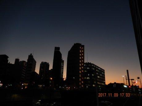 11/9の月